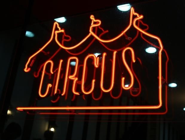 circus 18